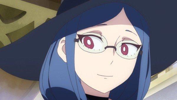 ursula callistis smile with glasses